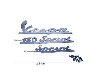 Emblem Merk 3 Garis Vespa Sprint + Baut
